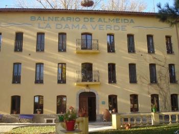 Balneario de Almeida La Dama Verde