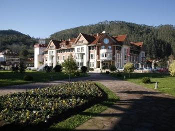 Hotel Balneario Puente Viesgo