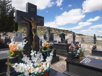 Lápidas, Panteones y Arte Funerario